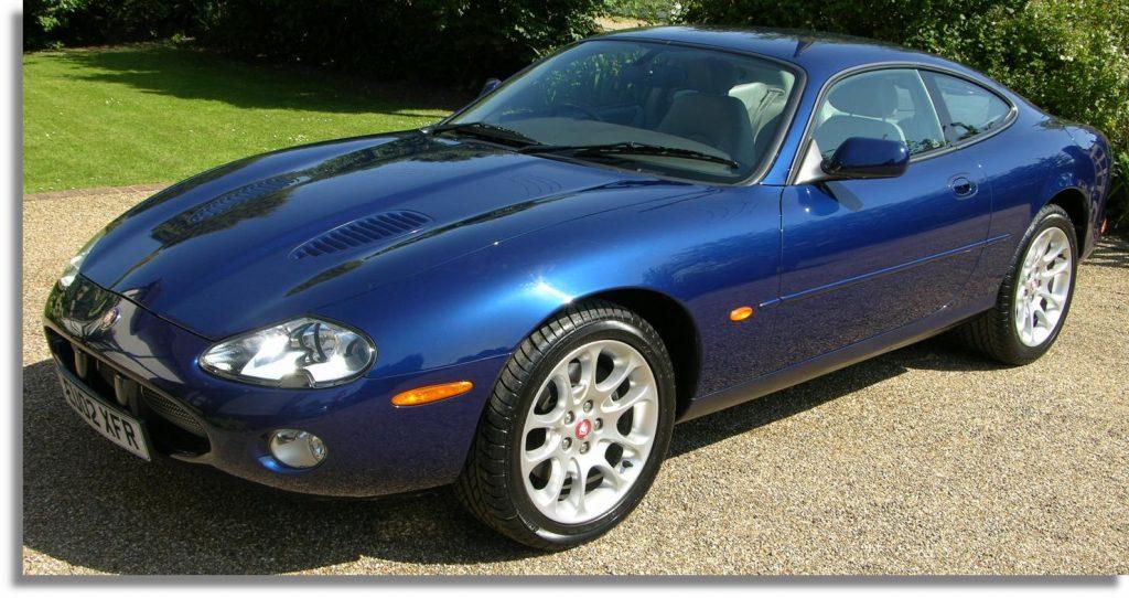 Jaguar XKR (X100)