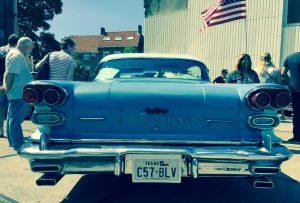 Ausladende Rückansicht des texanischen Pontiac